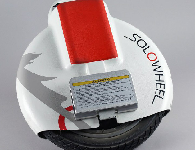Transport 2.0 : Segway veut bloquer la vente du Solowheel et de l'Hovertrax