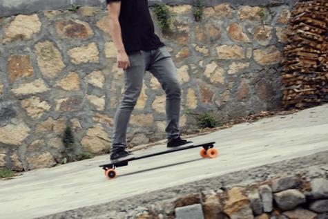 Stary, le skateboard électrique qui cartonne sur Kickstarter