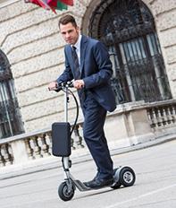 Trottinettes, monocycles et autres «engins à roulette»