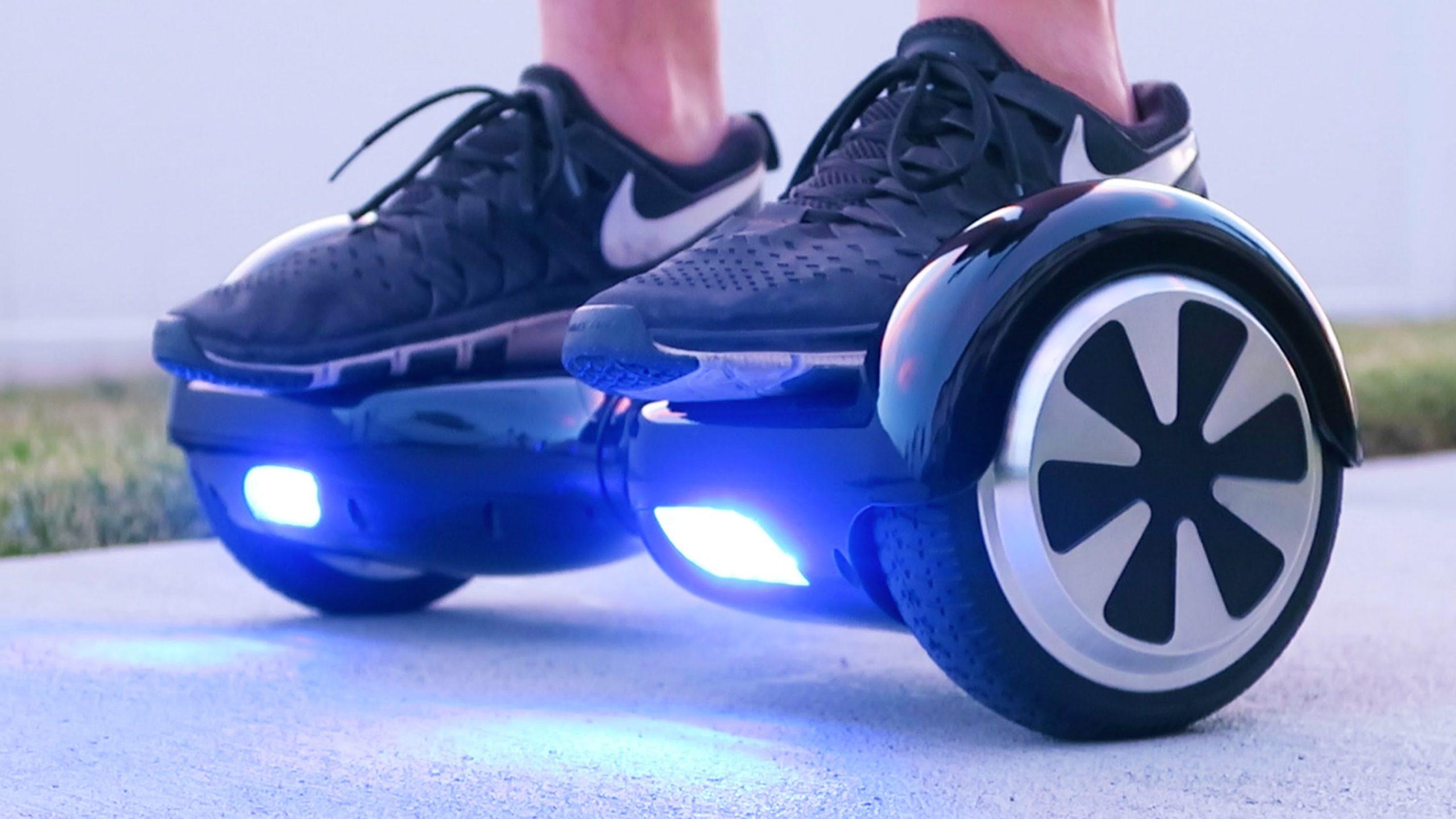 """Le """"hoverboard"""", accessoire tendance pour Noël, mais pas sans risques"""