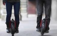 «E-roue», «hoverboards» : quelle place pour ces nouveaux engins sur les trottoirs?