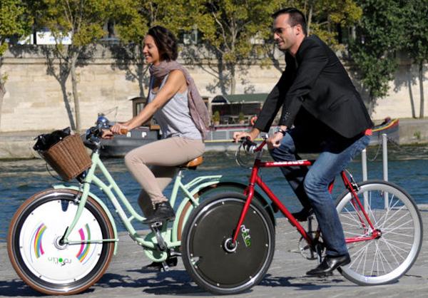 Roolin' Smart : une roue connectée pour transformer sa bicyclette en vélo électrique