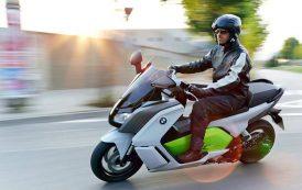 En catimini, les scooters électriques arrivent sur les routes françaises