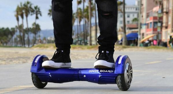La Mairie de Barcelone interdit les deux-roues électriqueS : Quelle est la législation en France ?