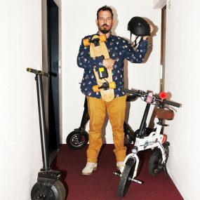 Trottinette électrique : «Ça prend moins de place qu'un vélo, c'est accepté partout, au bureau ou chez le docteur»