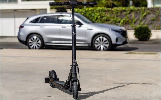 Mercedes lance eScooter, une trottinette électrique capable de parcourir 5000 km